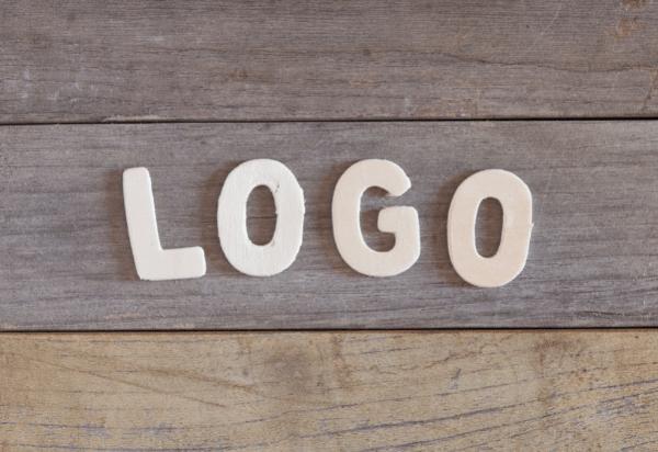 3  טיפים מנצחים לעיצוב הלוגו המושלם